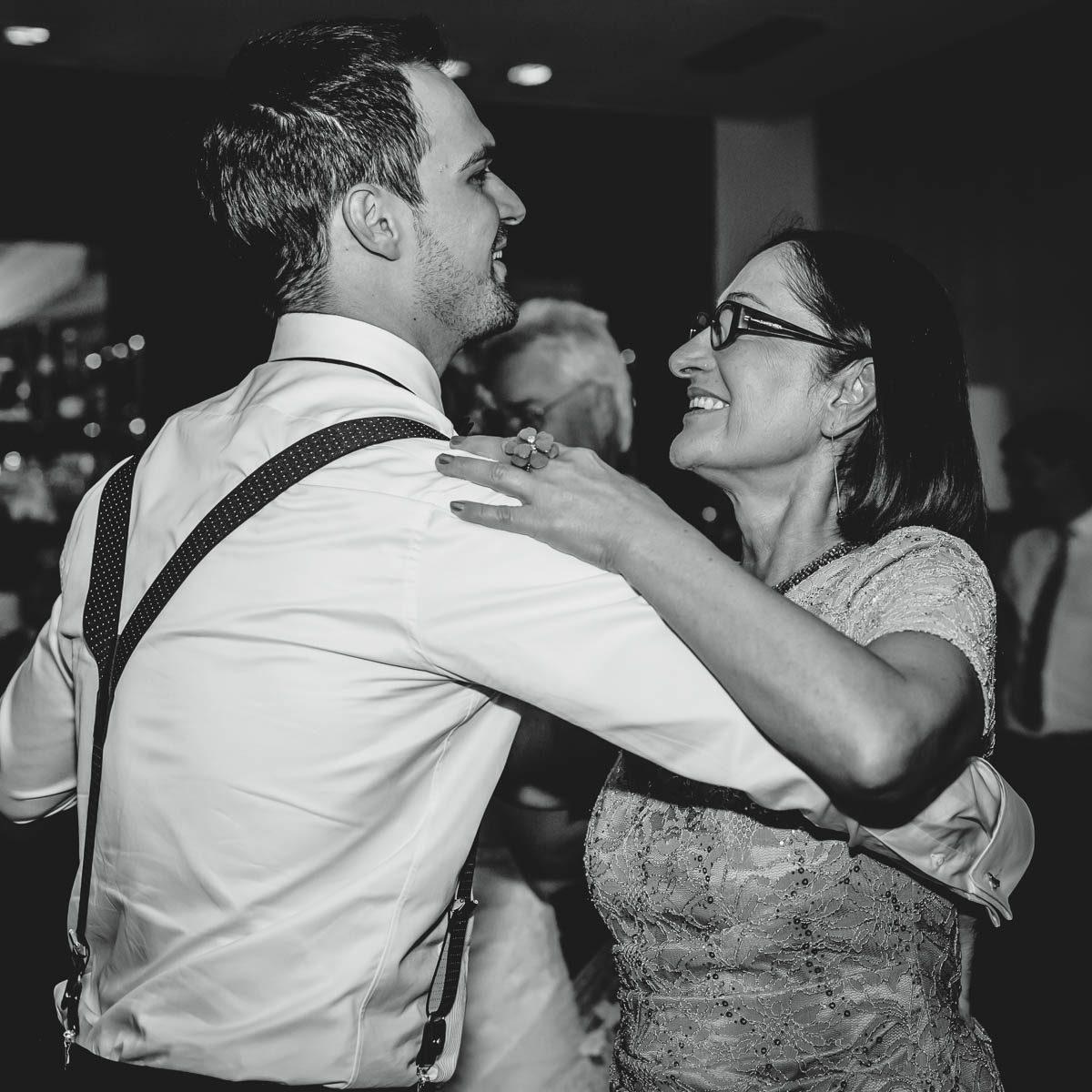 Mutter Sohn Tanz