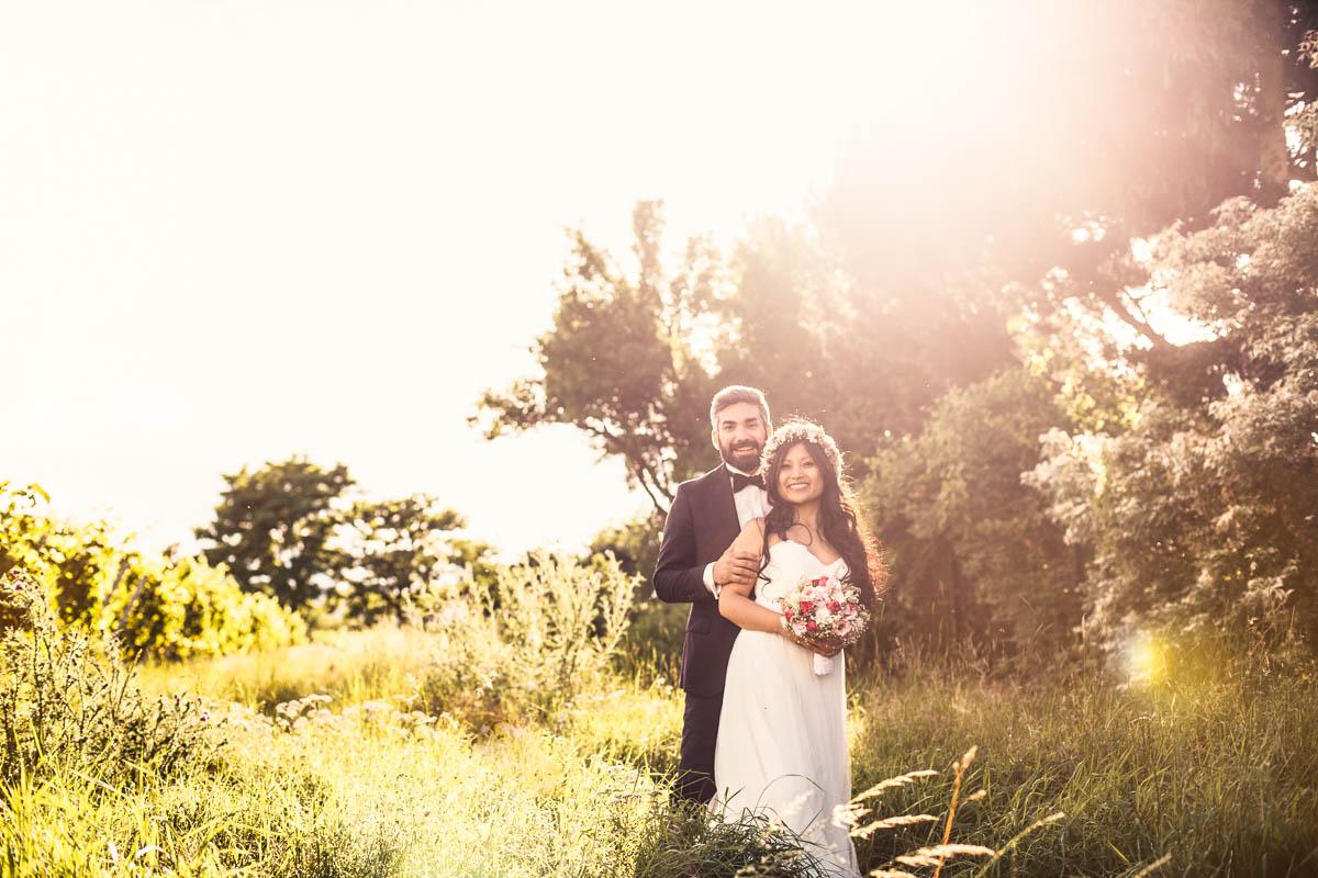 Gegenlicht Brautpaarfotos