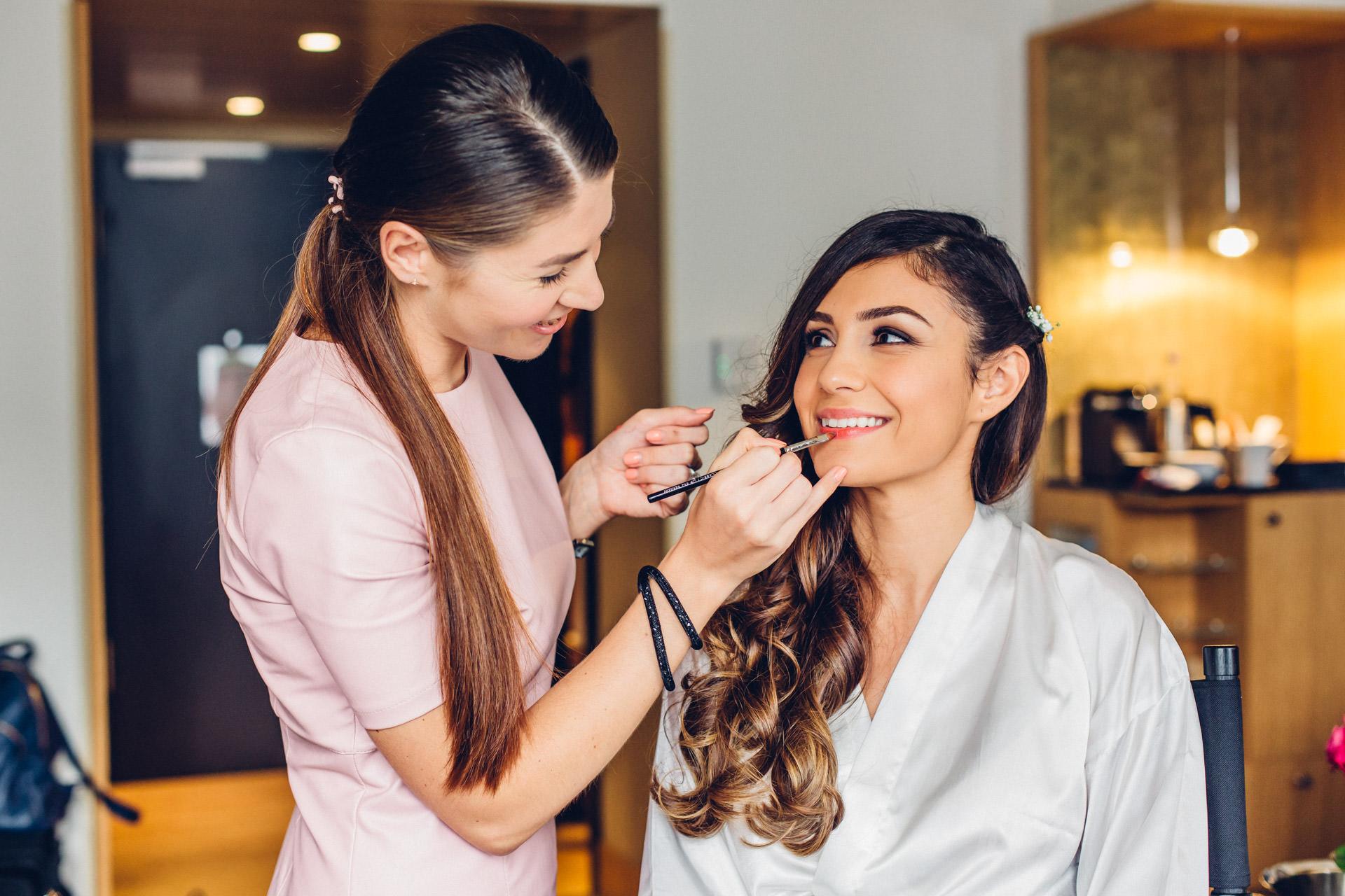 Dina Frankfurt Make up