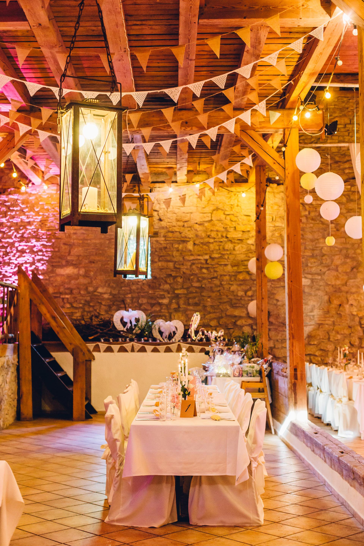 Heiraten in der Scheune im Weingewölbe San Martin in Bermersheim