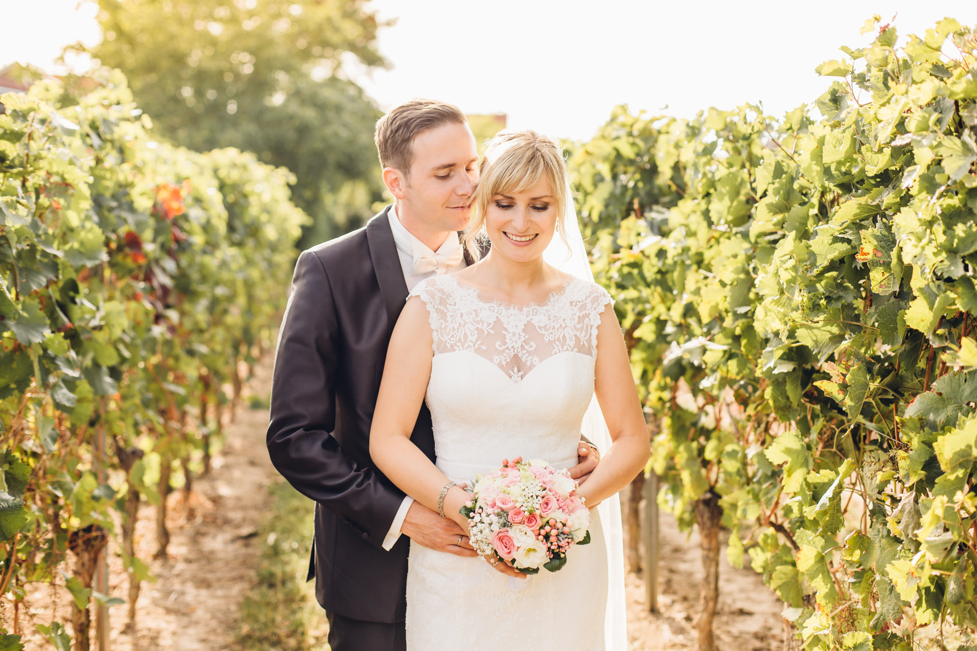 Hochzeit feiern in Weinbergen im Weingewölbe San Martin in Bermersheim