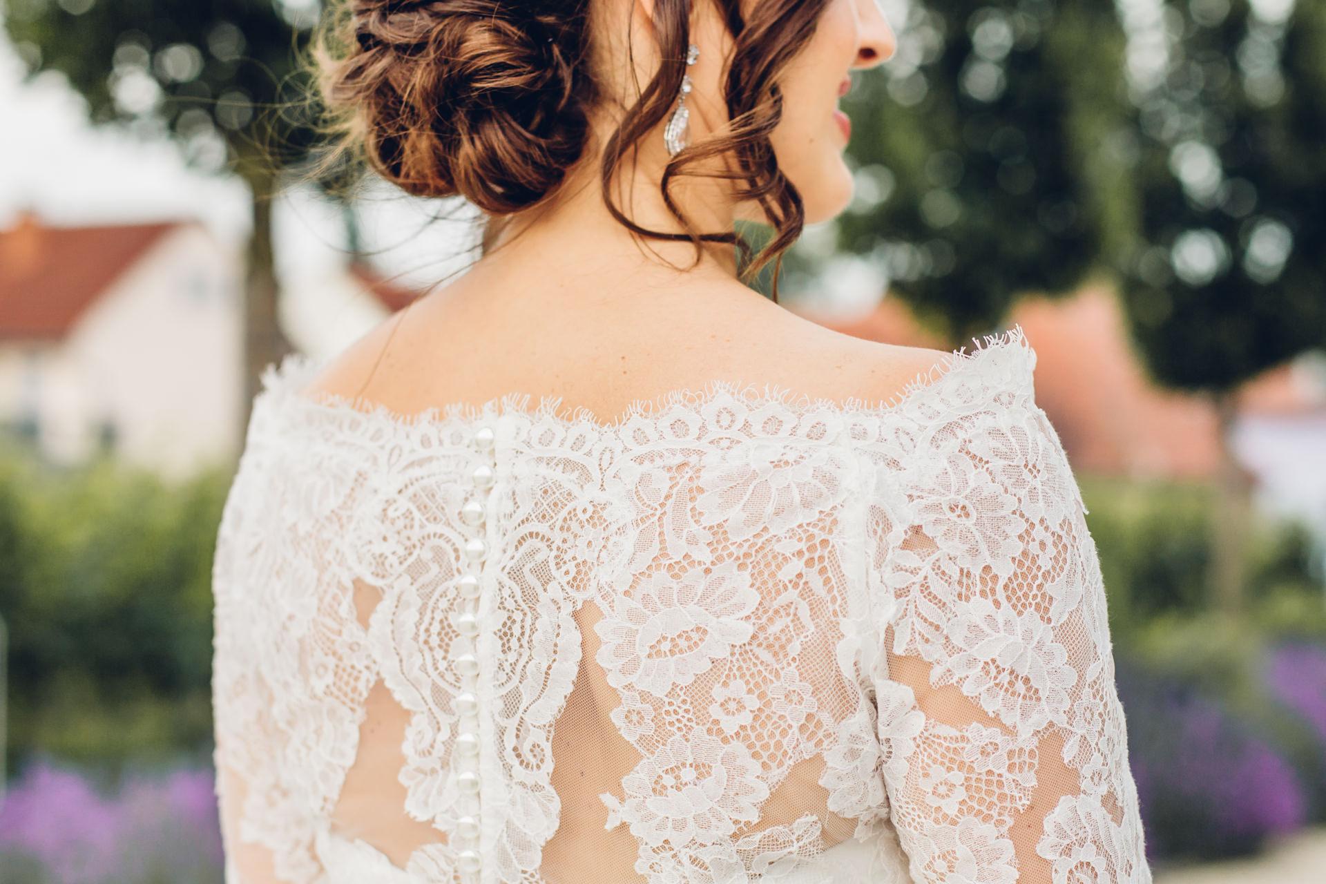 Brautkleid Rücken Spitzen Detailansicht