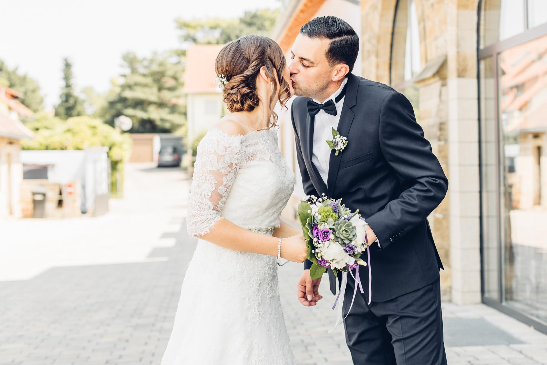 Braut und Bräutigam First Look Weingut am Nil