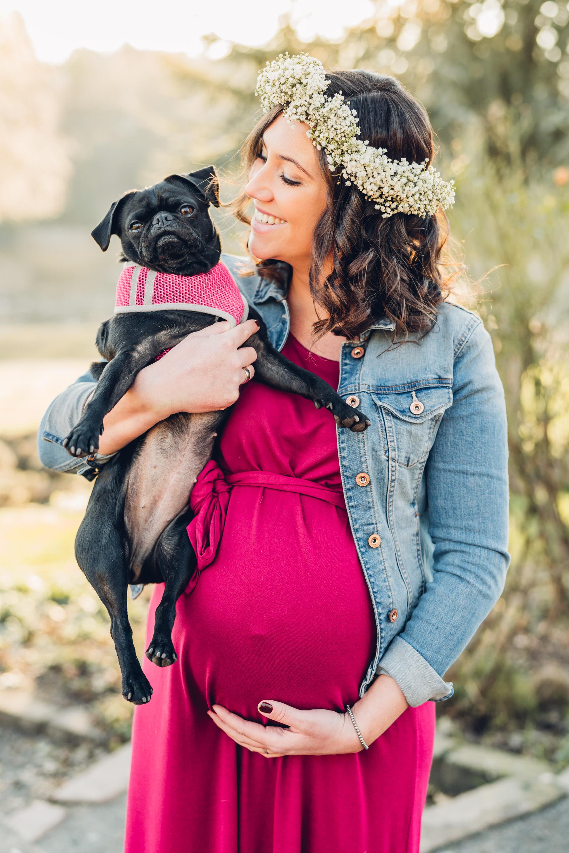 Schwangerschaftsshooting mit Hund Fotograf Pirmasens
