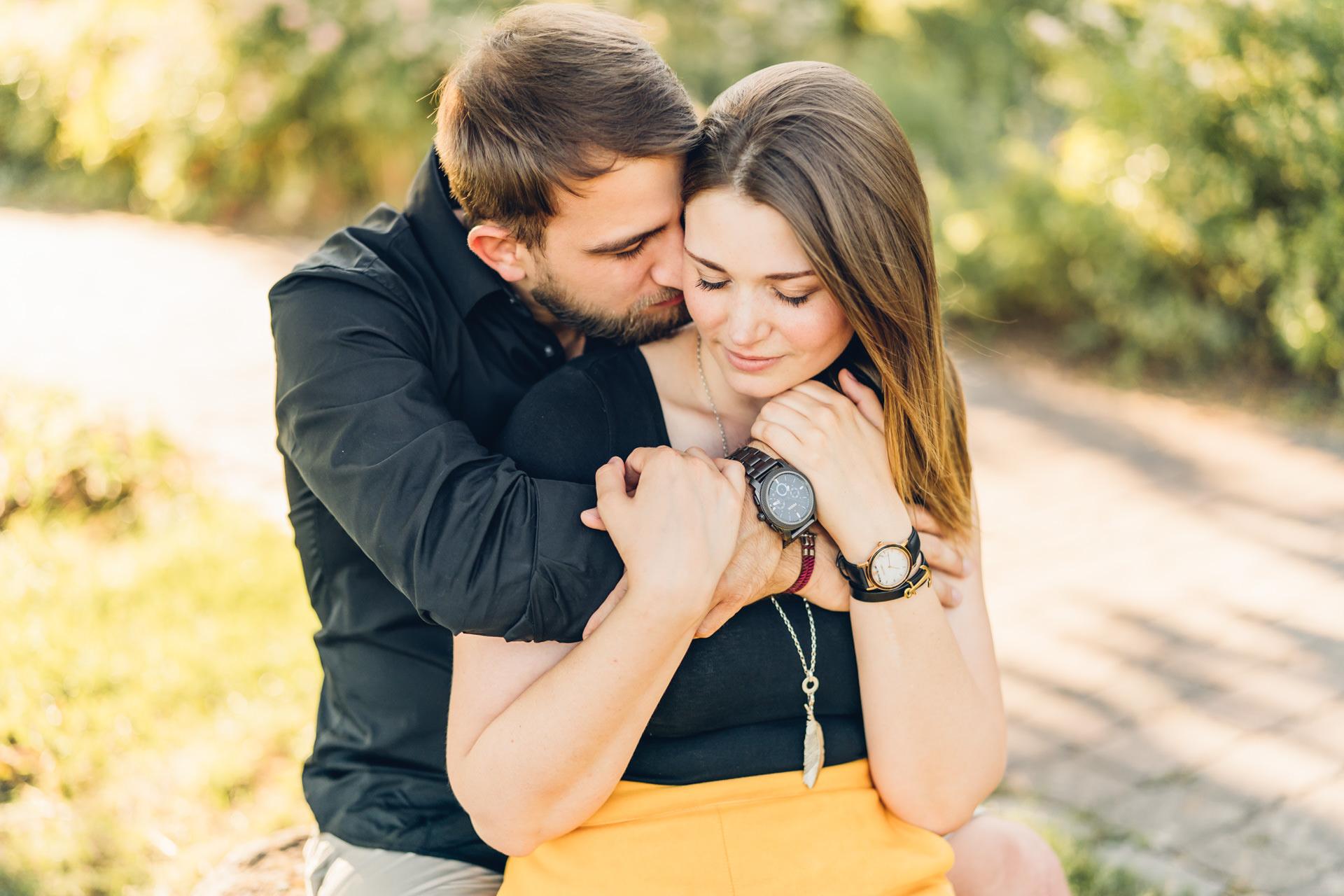 Tipps für authentische Verlobungsfotos