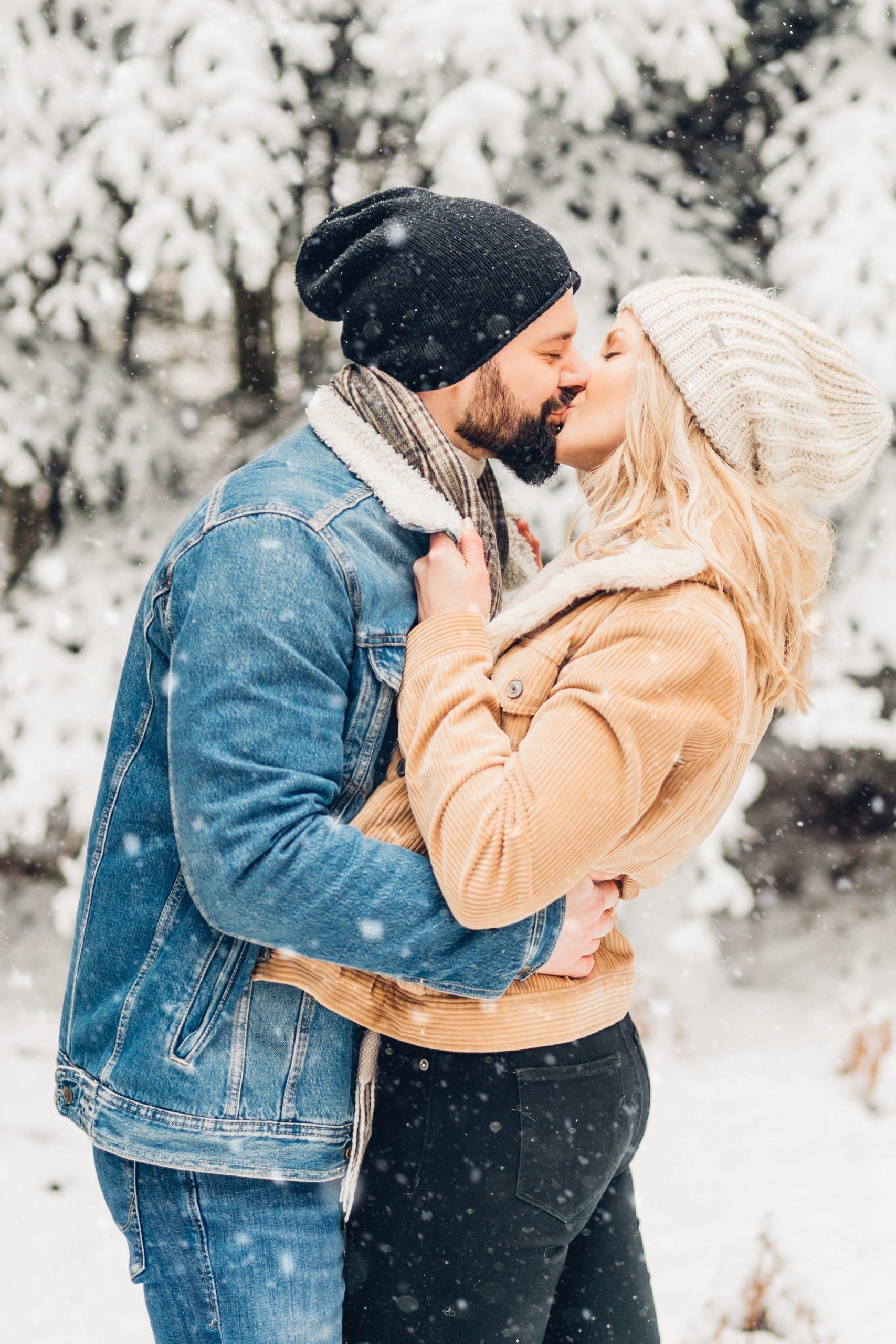 Winterliches Pärchenshooting im Schnee