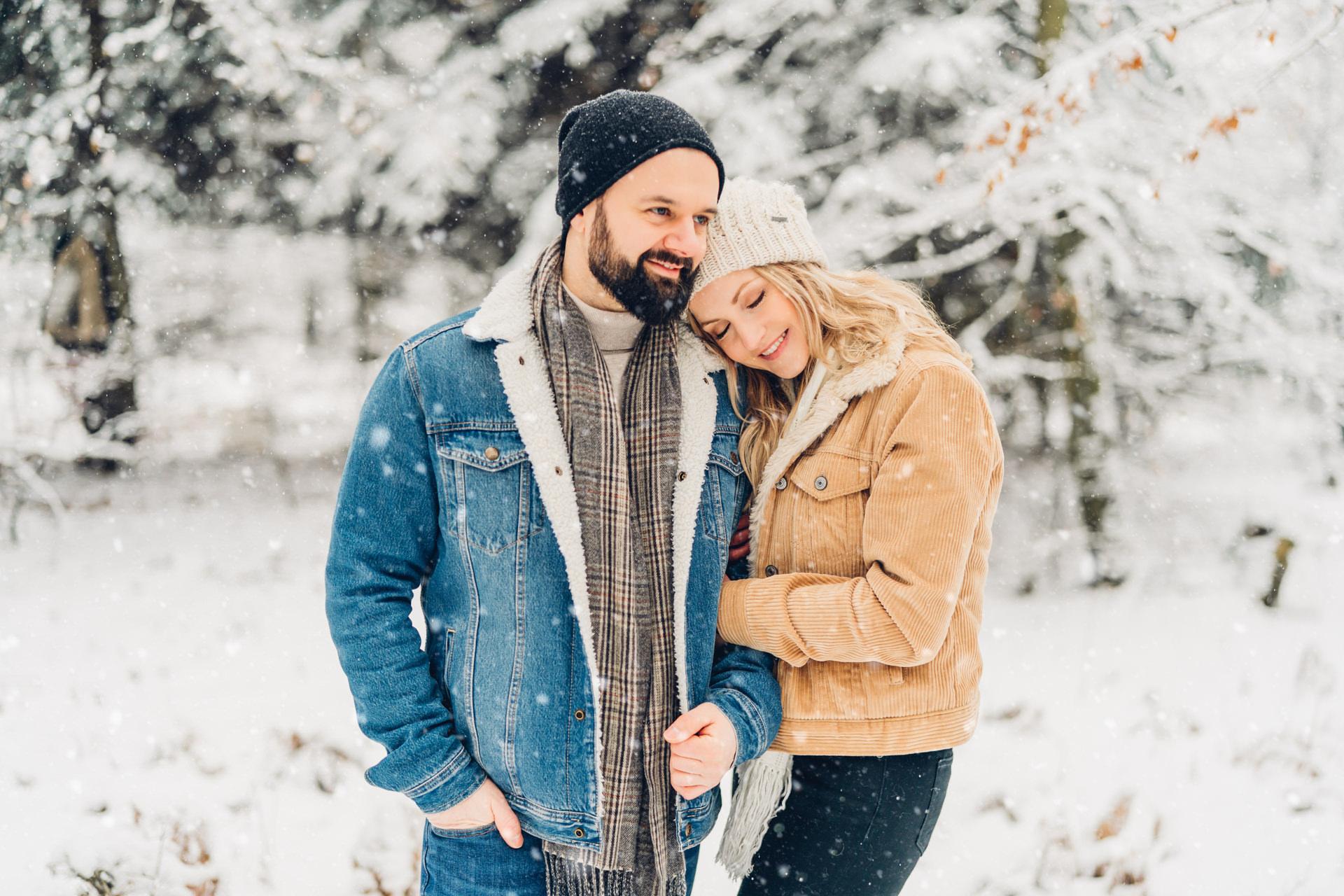 Coupleshooting im Schnee Fotografin Mainz
