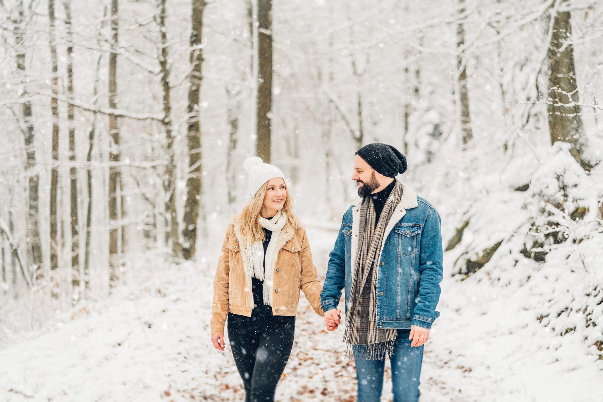 Schnee Fotografie, Schneefotos, Schneeshooting, Schneeportraits, Pärchen im Schnee