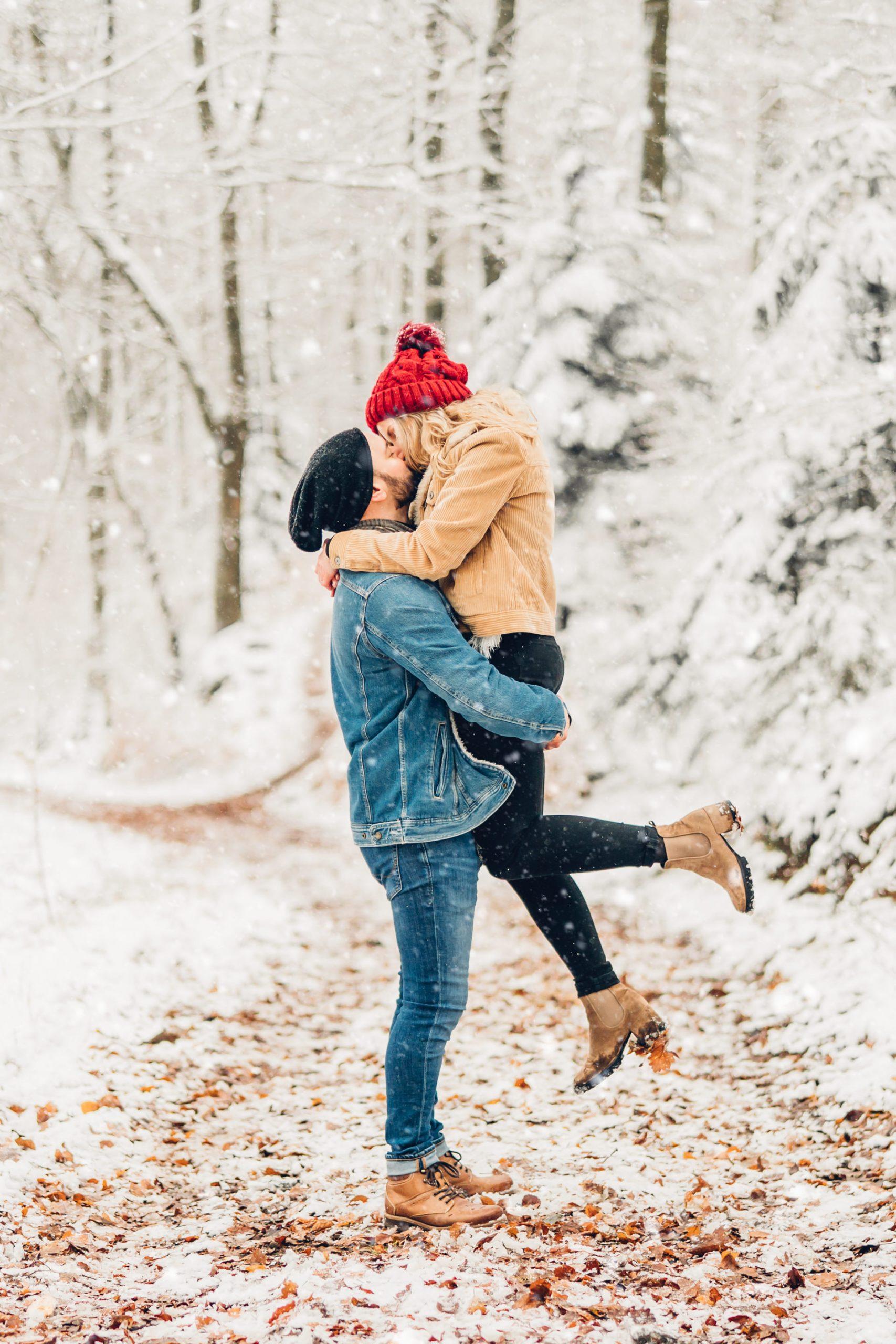 Winterliches Engagement Shooting im Schnee