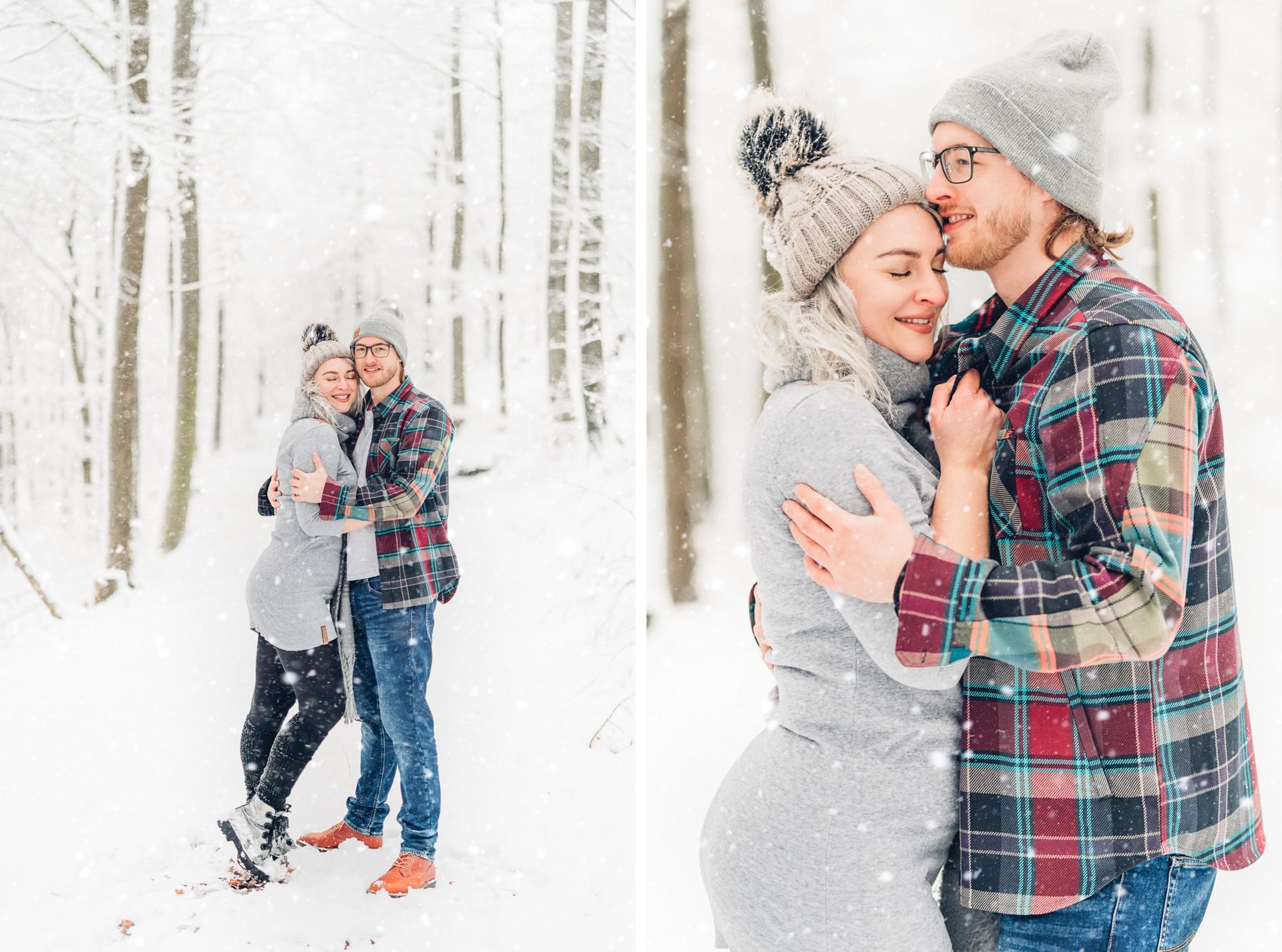 Verliebt im Schnee, romantische Pärchenfotos im Winrter