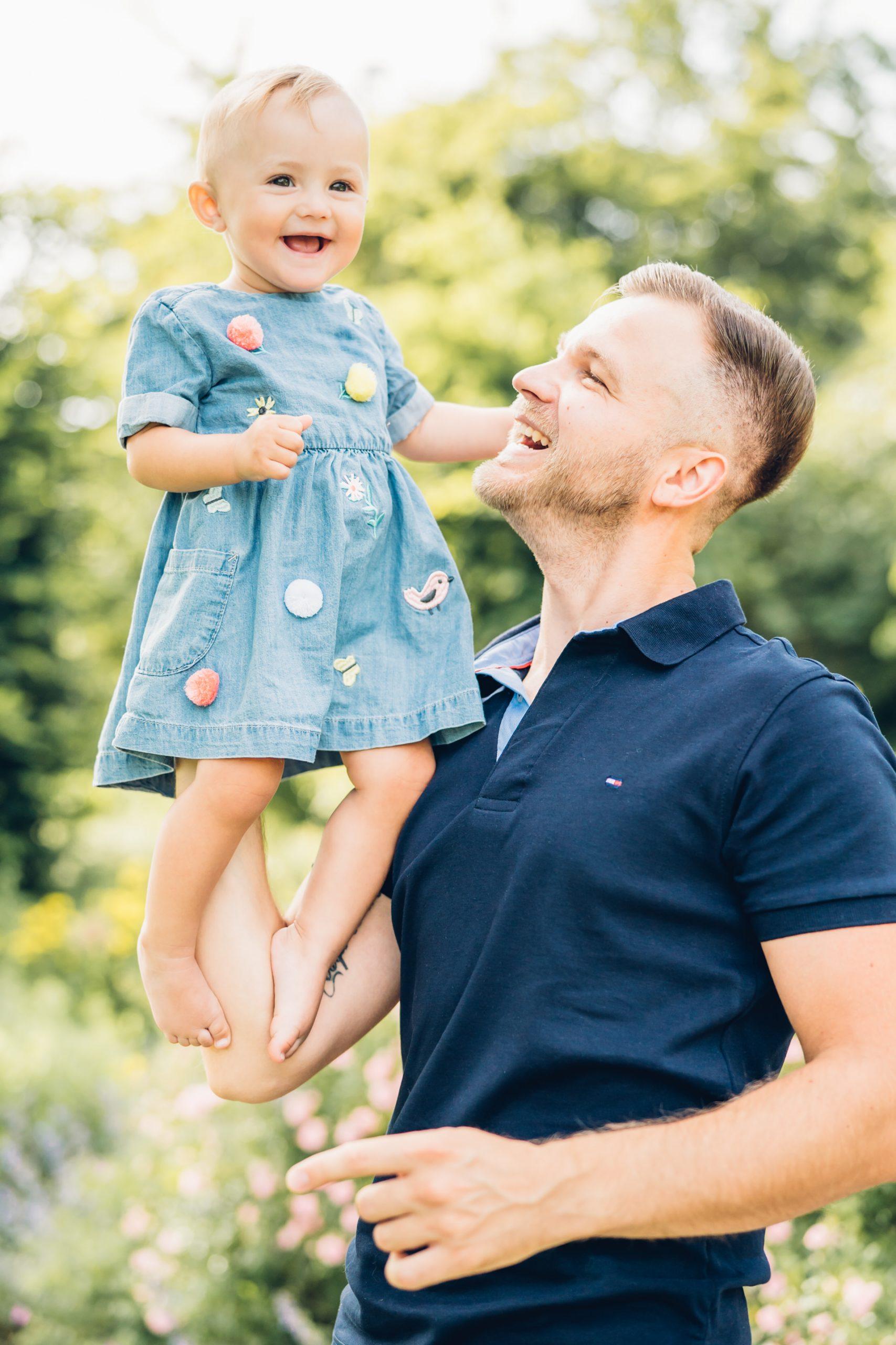 Familienfotoshooting zum ersten Geburtstag Fotograf Mainz