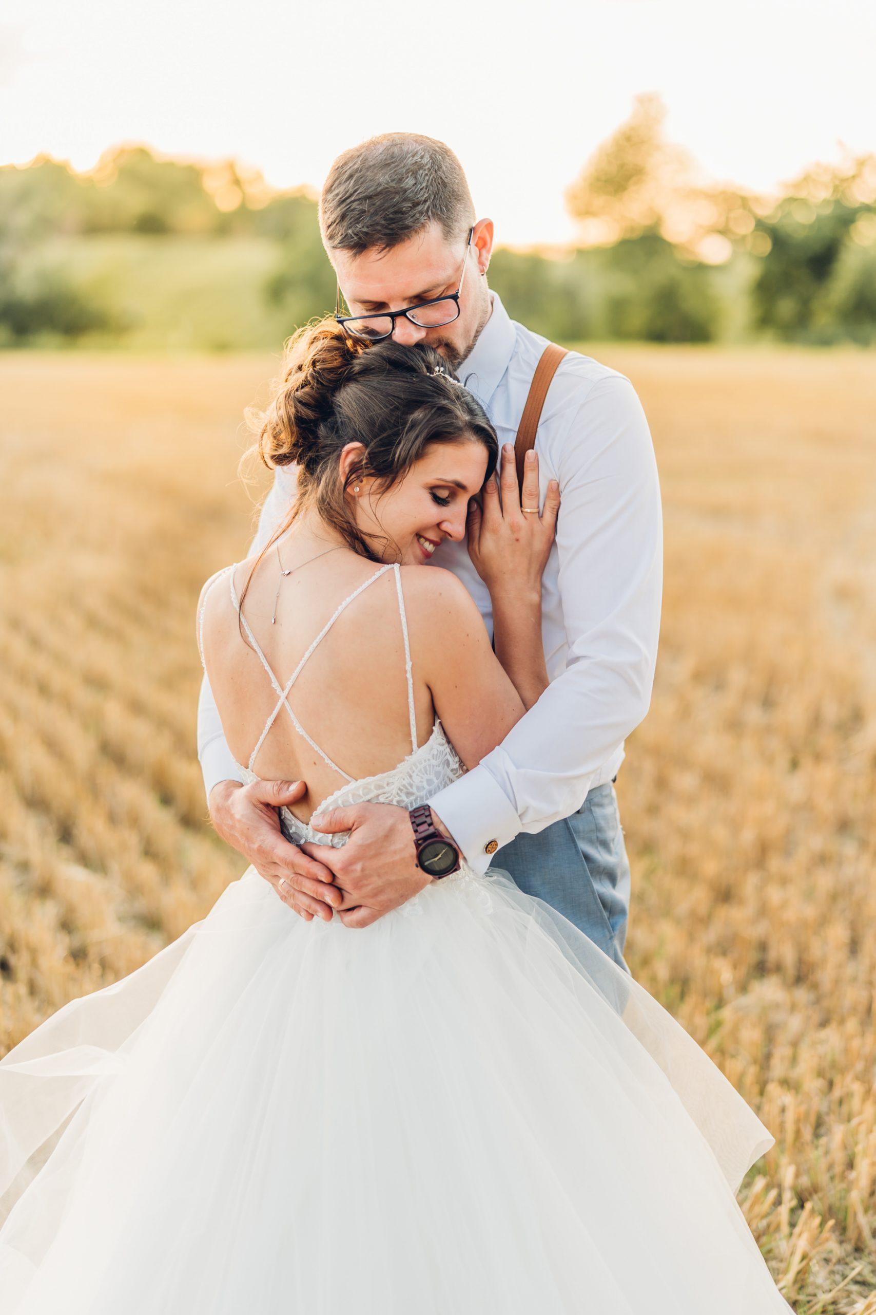 Sunset Brautpaarshooting im Abendlicht Hochzeit Franken