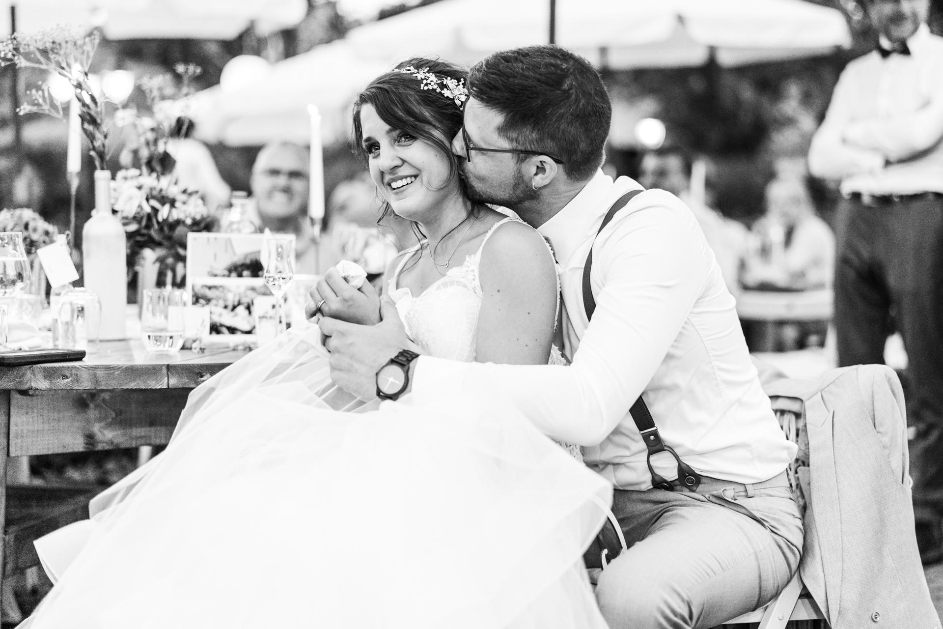 Emotionale Hochzeitsrede weinende Braut