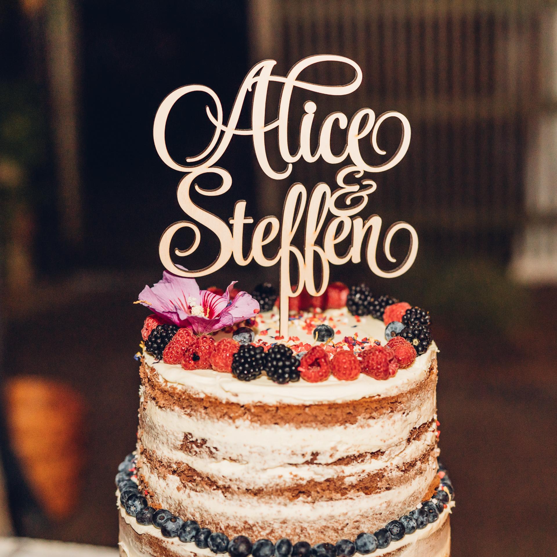 Torte Holzschrift mit Namen